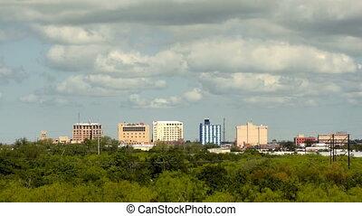 spärlich, stadtzentrum, stadt skyline, wichita, fällt,...