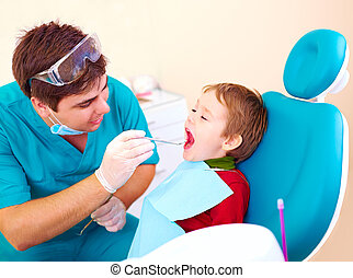 spécialiste, patient, visiter, dentaire, clinique, petit, gosse
