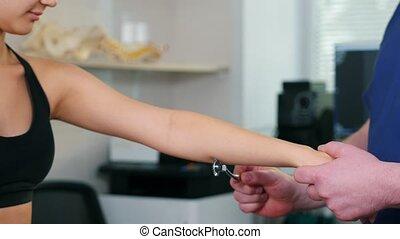spécialiste, roue, chiropraxie, réaction, main, -, ...