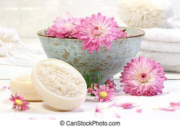 spa, cena, com, flores côr-de-rosa, em, água