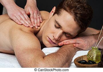 spa, homme, jeune, masage, obtenir