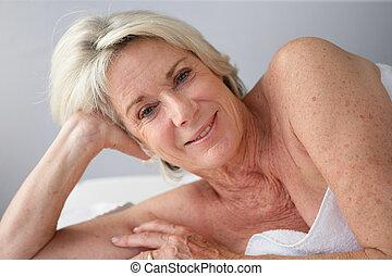 spa, mulher, aposentado