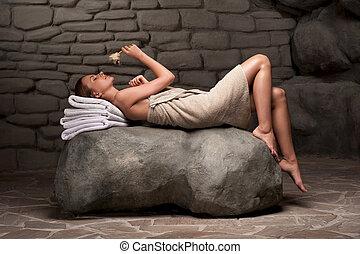 spa, mulher relaxando, recurso