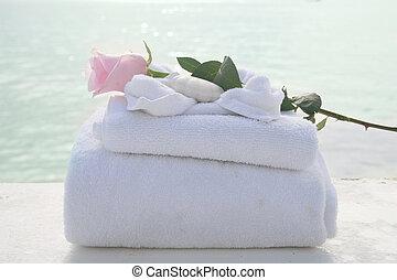 spa, toalhas