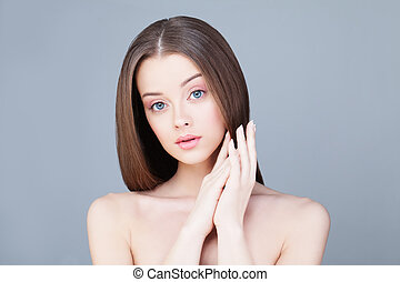 Spa Woman. Skincare Concept. Healthy Model with Clear Skin