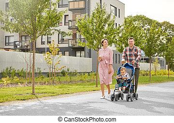 spacerowicz niemowlęcia, miasto, kawa, rodzina