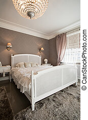 Spacious bed inside expensive house