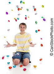 spadanie, jaja, wielkanoc, szczęśliwy, chłopiec