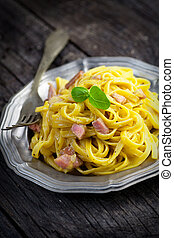 Spaghetti carbonara - Italian cooking. Pasta spaghetti ...