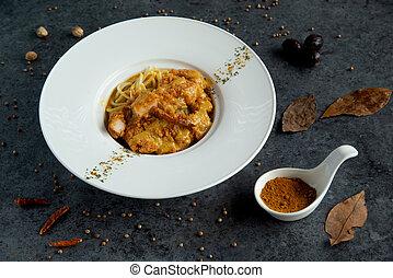 spaghetti fired chicken