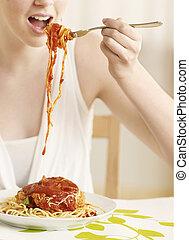 spaghetti, frau essen, mittelteil, junger