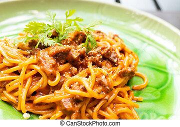 Spaghetti meat sauce on plate