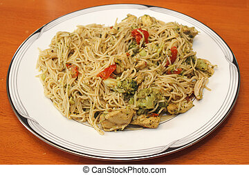 Spaghetti with Chicken and Vegetables Dinner