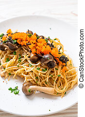 spaghetti with mushrooms, shrimp egg and seaweed