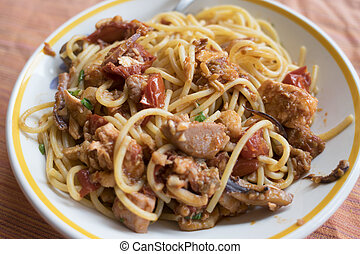 spaghetti with swordfish and tomatoes