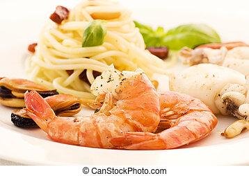spaghetti, z, produkty morza
