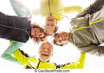 spalle, gruppo, intorno, braccia, riposare, fuori, anziano,...