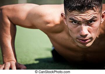 spanisch, athlet, liegestütz
