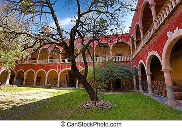 spanish arches in jaral de berrio hacienda - spanish arches...