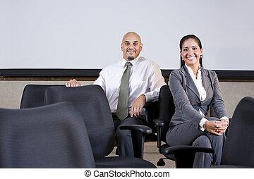 spanyol, ügy emberek, ülés, képben látható, hivatal szék