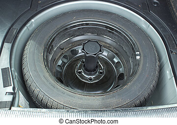 Spare tire in car - Tire i spare tire compartment