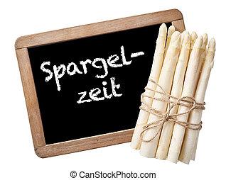 Spargelzeit Verkaufsschild mit Bund Spargel auf Schiefer...