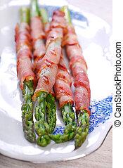 sparris, svept, bacon, grön, grillat