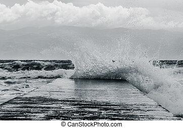 spast of sea water