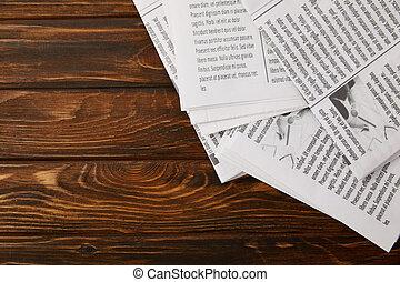 spazio, cima legno, mucchio, fondo, copia, giornali, vista