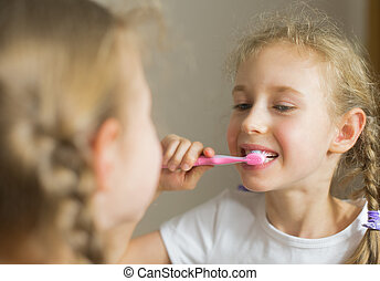 Spazzolatura, poco, lei, spazzolino, denti, ragazza