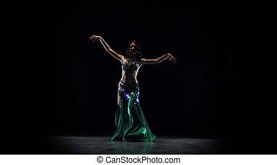 spełnianie, dance., czarnoskóry, pociągający, tło, dziewczyna, brzuch
