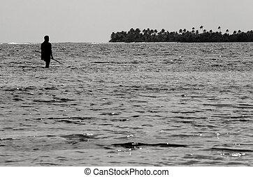 Spearfishing in Aitutaki Lagoon Cook Islands