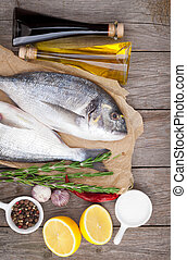 specerijen, visje, het koken, dorado, fris, kruiden