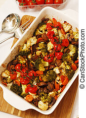 Special salad with tomatoes, cauliflower, carrot and mushroom