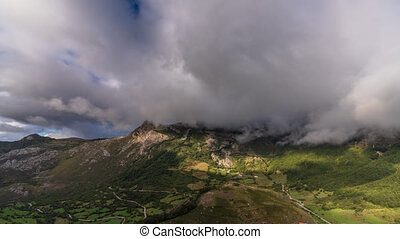 Spectacular Farrapona valley time lapse in Asturias
