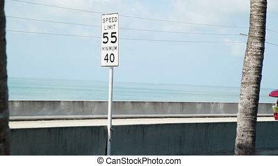 Speed limit sign and traffic Fl Key