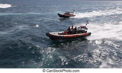speedboat 5 - speedboat, shoot Canon 5D Mark II