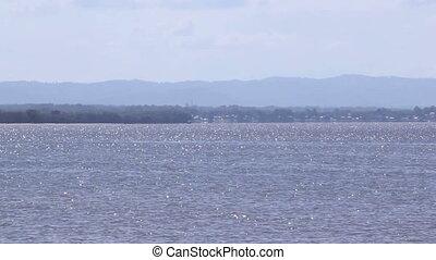 Speedboat Zoom - Zoom on speedboat as it passes through...