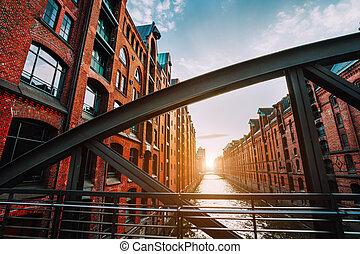 speicherstadt, 鋼, 充滿, 磚, 光, 傍晚, 溫暖, 地區, 拱, 遠景, 橋梁, 梁, 德國, 漢堡, 紅色, -, 運河, 擬訂, 倉庫