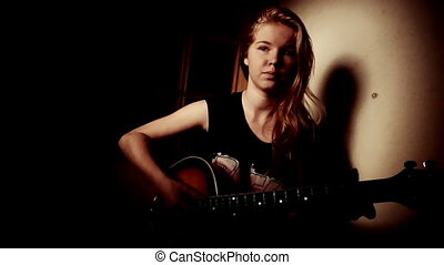 spelend, meisje, tiener, gitaar, thuis