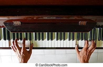 spelende piano, concept