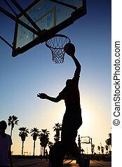 speler, basketbal, silhouette, ondergaande zon