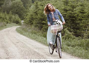 spenderande, kvinna, skog, dag