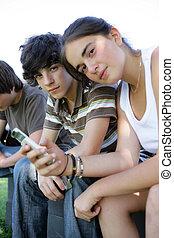 spenderande, teenagers, tillsammans, tid