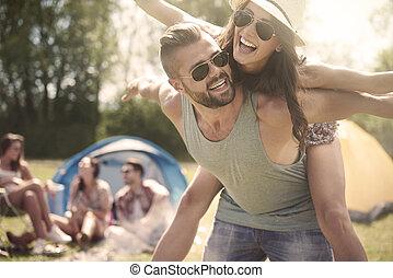 spendere, fine settimana, coppia, amici, loro