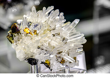 sphalerite, quartz, minéral, chalcopyrite