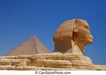 sphinx and pyramid in egypt