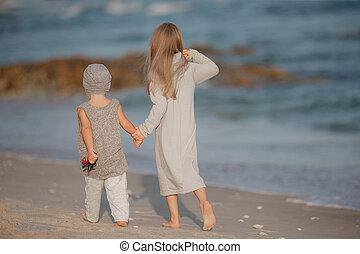 spiaggia., bambini