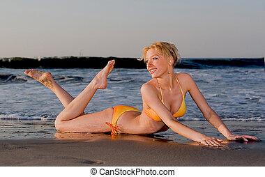 spiaggia, bikini