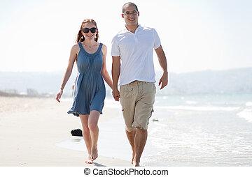 spiaggia, coppia, amore, passeggiata